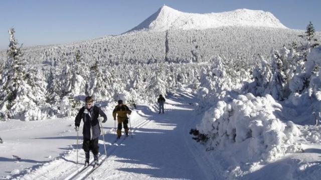 Neige les estables ont ouvert leurs pistes radio scoop la radio de lyon - Office tourisme les estables ...