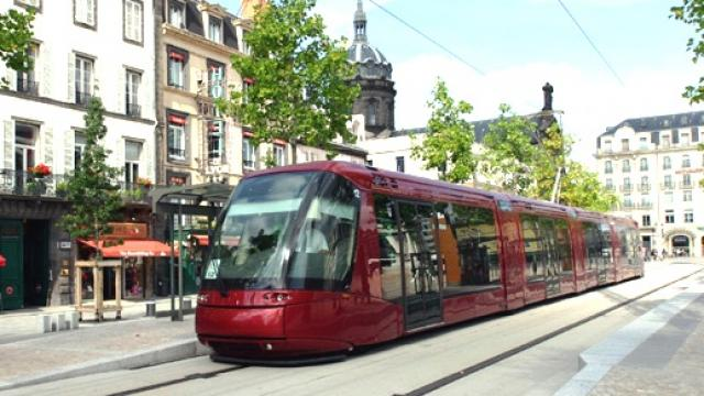 clermont ferrand le tram reprendra sa circulation normale le 2 novembre radio scoop la. Black Bedroom Furniture Sets. Home Design Ideas