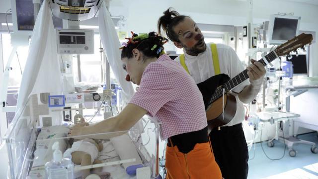 l 39 association docteur clown qui fait rire les enfants malades f te ses 20 ans radio scoop. Black Bedroom Furniture Sets. Home Design Ideas