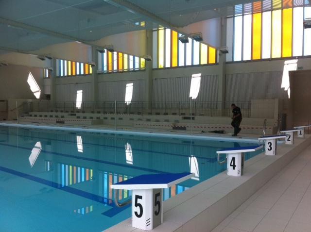 Les st phanois priv s de piscine cet t radio scoop for Piscine yves nayme