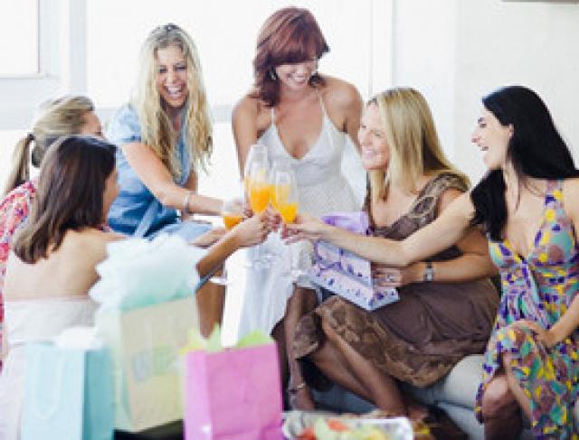 maquillage bijoux lingerie la vente domicile a le vent en poupe radio scoop la radio de lyon. Black Bedroom Furniture Sets. Home Design Ideas