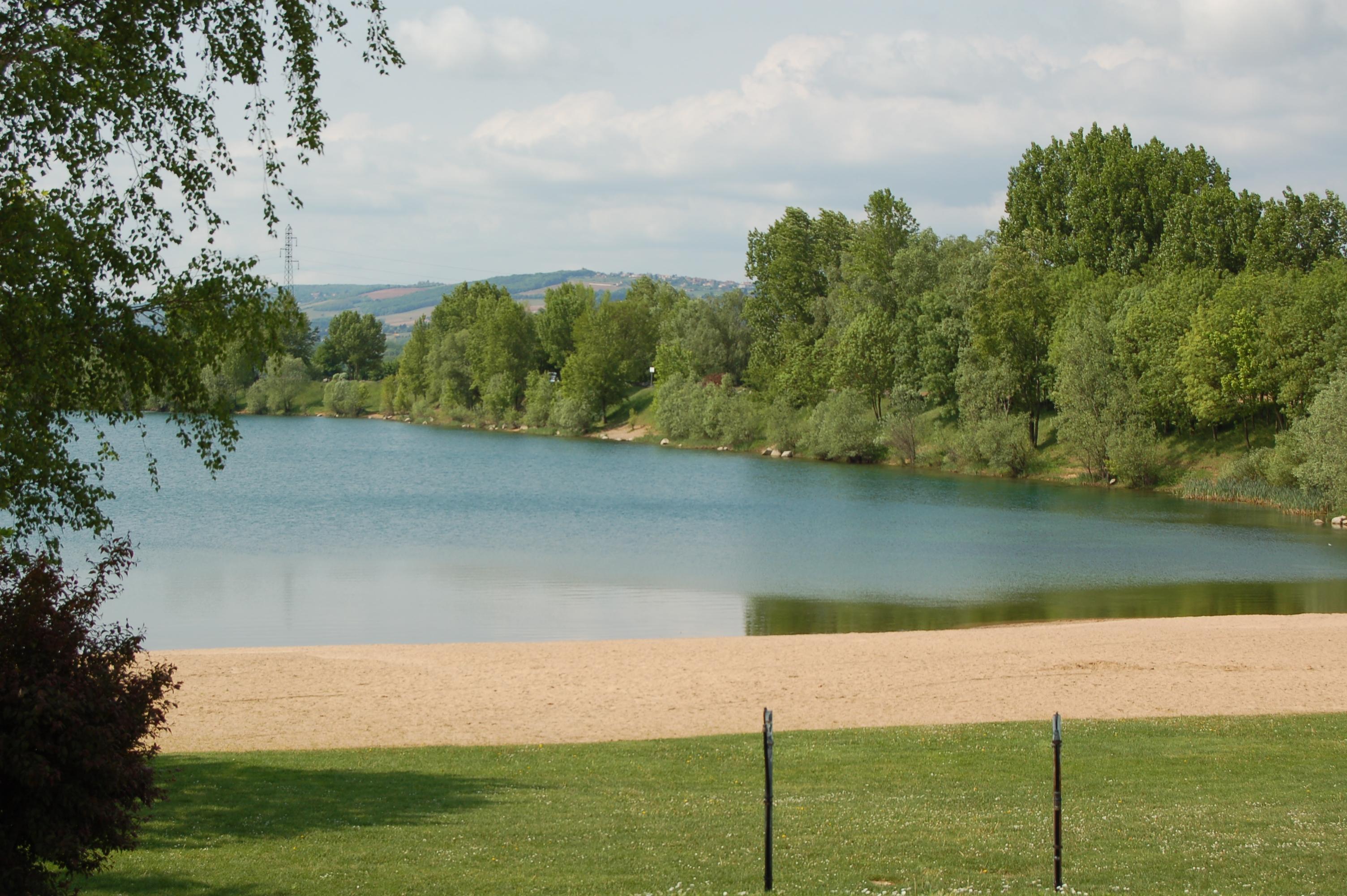 Rh ne nord is re deux noyades dans des plans d 39 eau - Piscine de villefranche sur saone ...