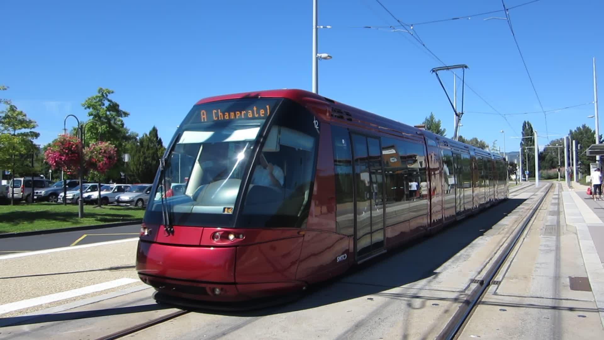 clermont ferrand le tram supprim tout l 39 t radio scoop clermont ferrand nouvelles. Black Bedroom Furniture Sets. Home Design Ideas